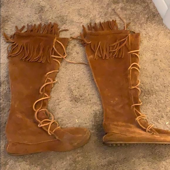 Minnetonka Shoes - Minnetonka boots